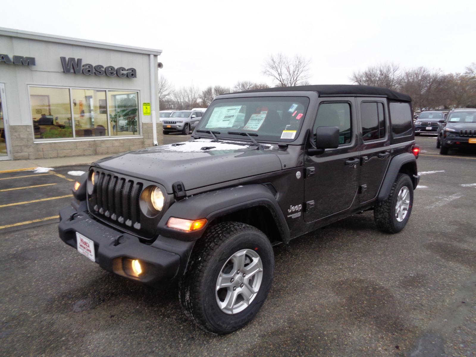 Jeep Wrangler Unlimited Sport >> New 2019 Jeep Wrangler Sport Sport Utility In Waseca 93042 Waseca